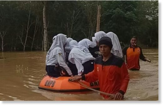 Flood Hits Several Regions in Indonesia