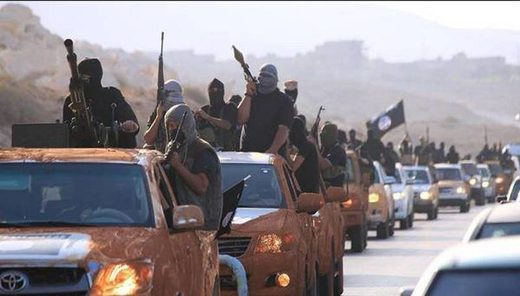 US allowed ISIS to escape Raqqa: Stupidity or strategy?