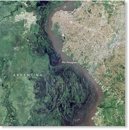Floods from the Paraguay River, 12 January 2016.