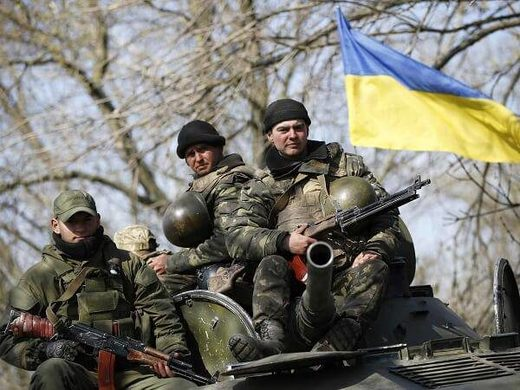 War in Ukraine is Imminent soldiers tank flag