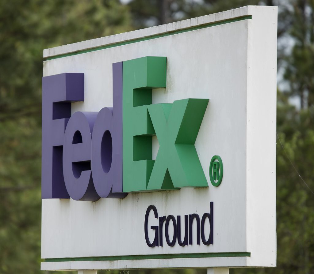 Trump Tax Cuts: FedEx Announces $3.2 Billion In Worker