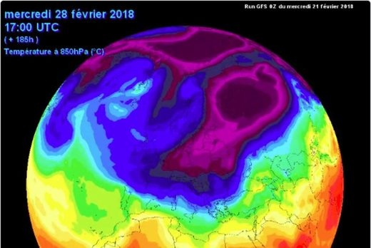 feb forecast polar split