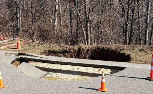 Sinkhole in Oxford, MI