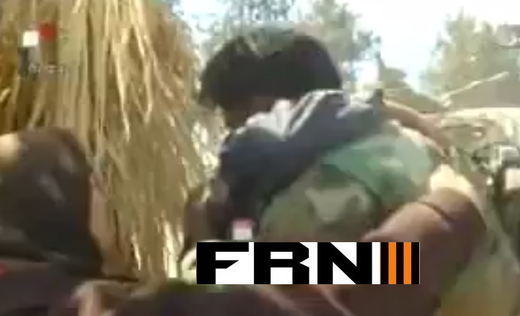 Syrian soldier hug mother