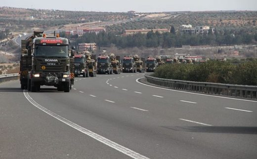 Massive Turkish Army convoy heads to Syrian border