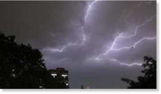The MeT department forecast thunderstorm in Delhi on Friday night and light rains on Saturday.