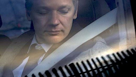 Wikileaks docs reveal Assange bid for Russian visa