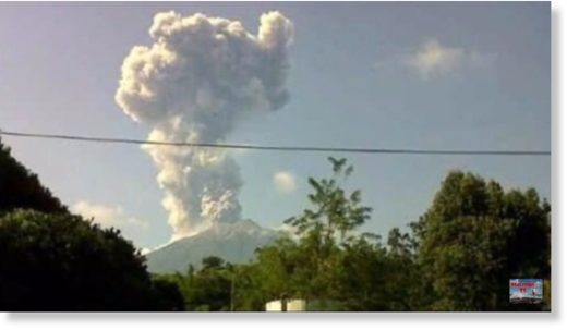 Eruption at Kerinci on 28 Sep 2018