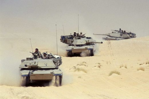 desert storm M1A2 abrams tank platoon