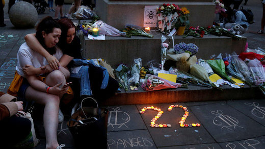Ariana Grande concert bombing mourners