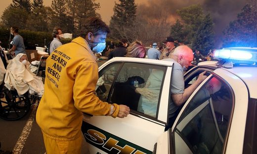 evacuating Feather River hospital during Camp Fire Paradise CA