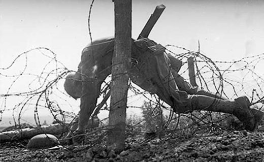 WW1 American soldier barbed wire
