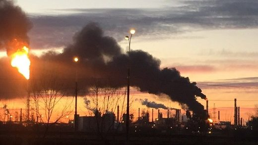 mosco2 refinery fire
