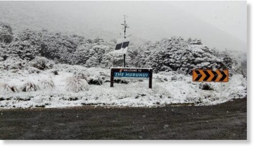 Snow in the Hurunui District near the Lewis Pass on Monday morning