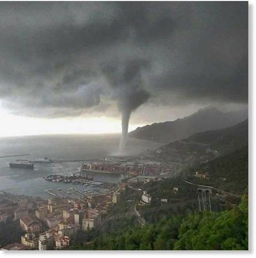 Massive waterspout in Salerno