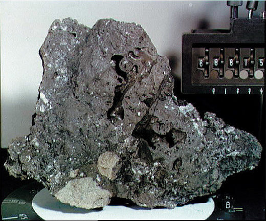 lunar sample Apollo 16
