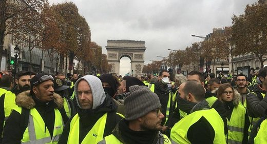 yellow vests paris