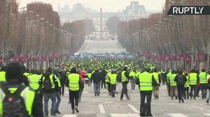 champs elysee protest