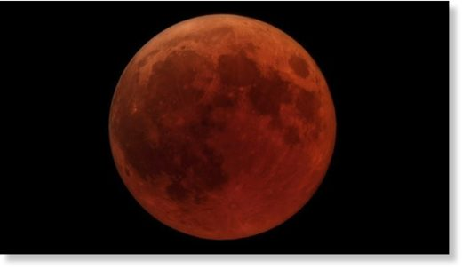 blood moon totality