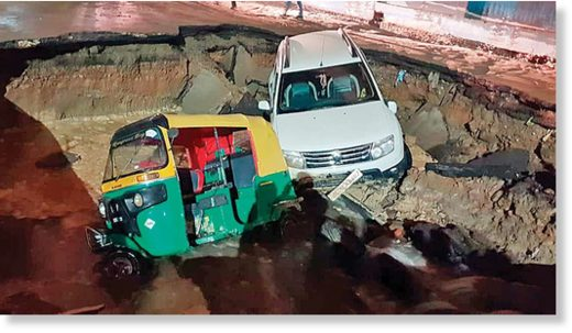 Road caves in  Delhi Minister Gopal Rai reached the spot to inspect it