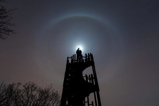 Moon halo over Budapest, Hungary