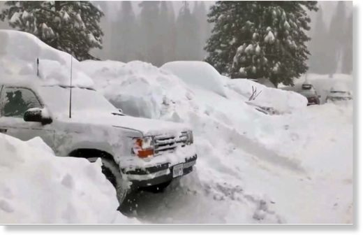 Tahoe_Snow_Covers_Vehicle_e155.jpg
