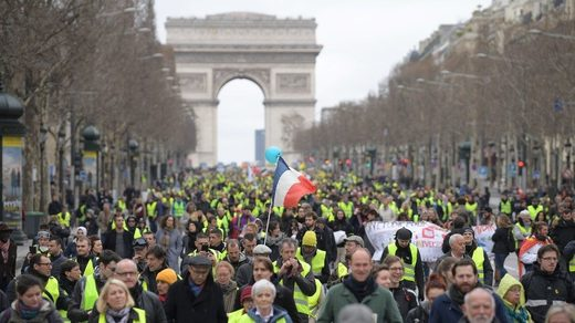 Yellow Vests 16 week