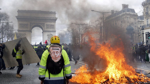 "France to ban Yellow Vest protests in ""worst hit"" areas, Paris police chief sacked - UPDATE"