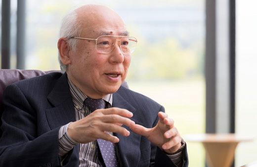 Yoshiki Kuramoto
