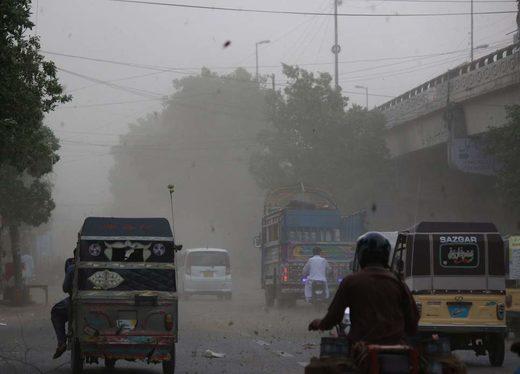 karachi_dust_storm.jpg