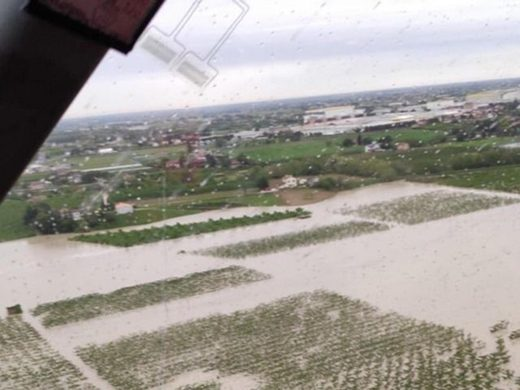 Floods, hail and bad weather affect fruits and vegetables in Italy