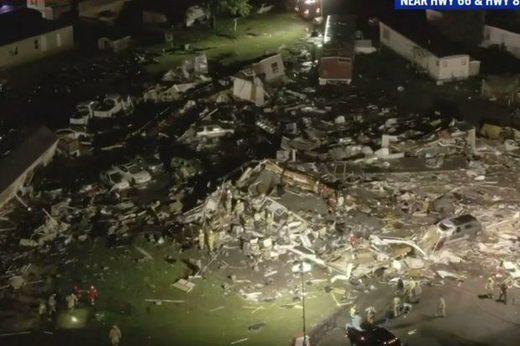 A hotel and mobile home park in Oklahoma has been flattened by a tornado
