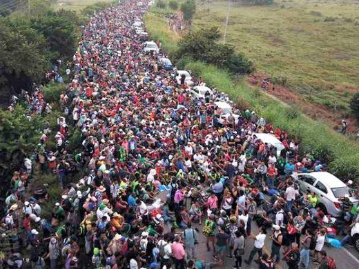 MigrantCaravanMexico_AP_640x48.jpg