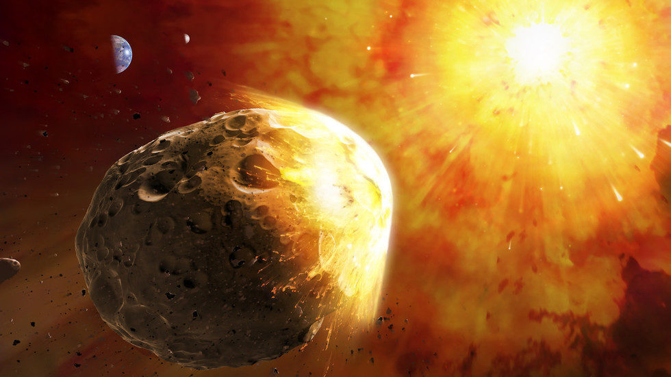 Peter Schiff to RT: Golden asteroid story 'complete BS