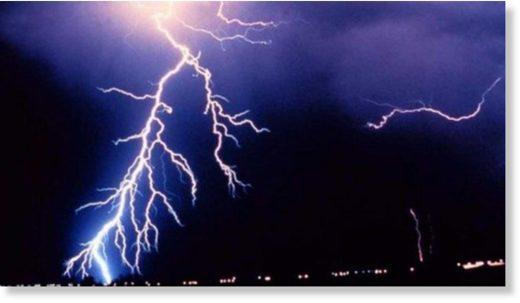 lightning_0_1.jpg