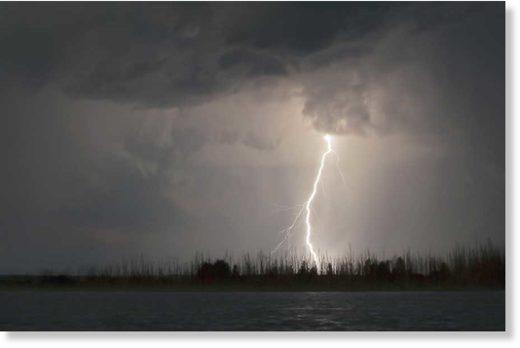 lightning_bigstock_15273662501.jpg