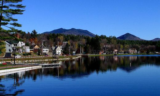1024px_Saranac_Lake_Lake_Flowe.jpg