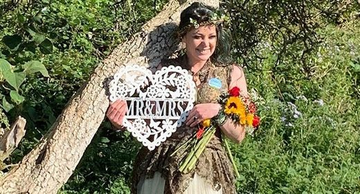kate rose elder marries tree