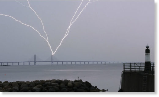 Lightning strikes the Öresund Bridge on June 15 this year.