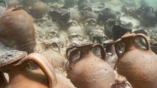 amphorae roman shipwreci mallorca