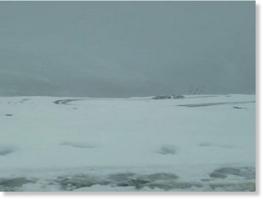 Himachal: Rohtang pass receives six inches snowfall,