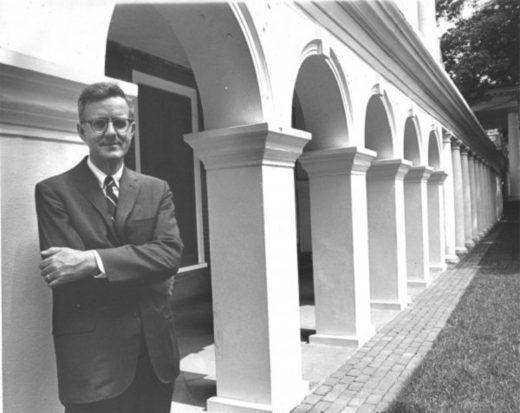 Dr. Ian Steveson