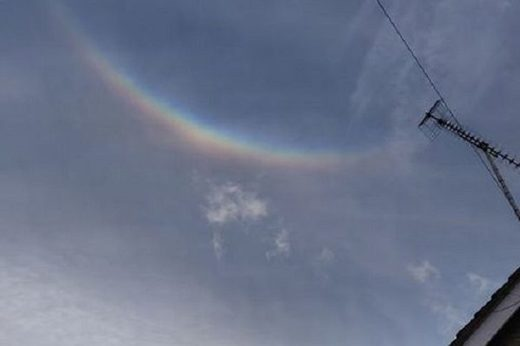 Circumzenithal arc over Macclesfield, England