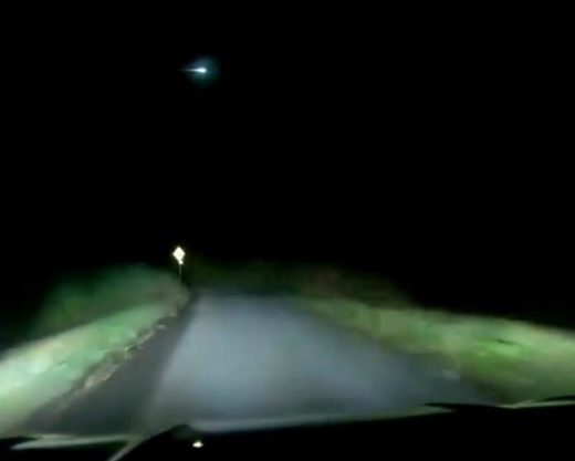 Green meteor fireball over Ireland
