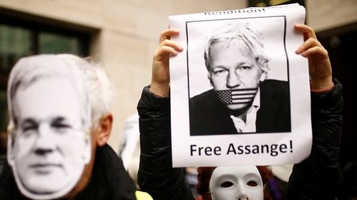 Supporters of Julian Assange