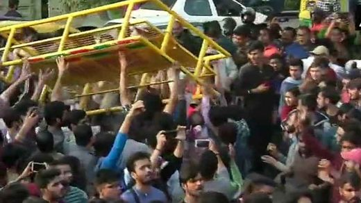 Protests everywhere! Violent clashes erupt between police and students in Delhi over rising fees and housing costs