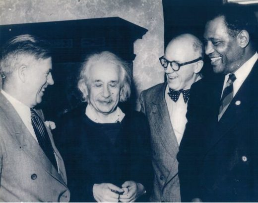 Einstein, Wallace and Robeson in 1948
