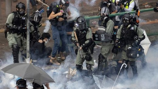 hong kong police rioters polytechnic university