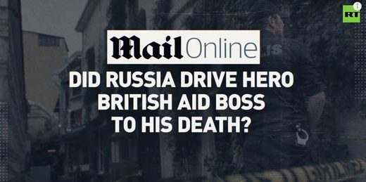 Mail Online headlines blaming Russia for Le Mesurier's death