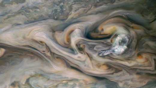 Junocam clouds jupiter